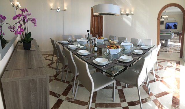 Dinning Room (10)